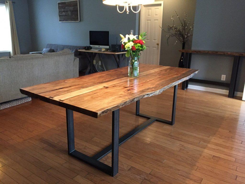 meja kayu trembesi kaki besi